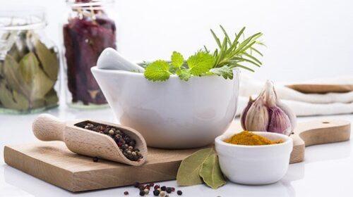 oil pulling, herbs, bleeding gums, scaling, tartar, plaque, gum massage,